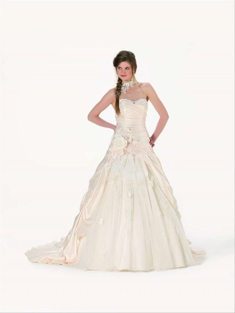 20 robes de mariée princesse collections 2013