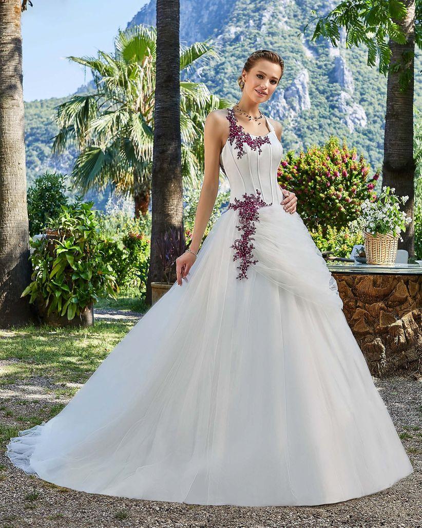 327b493ad0b 55 robes de mariée avec des touches de couleur