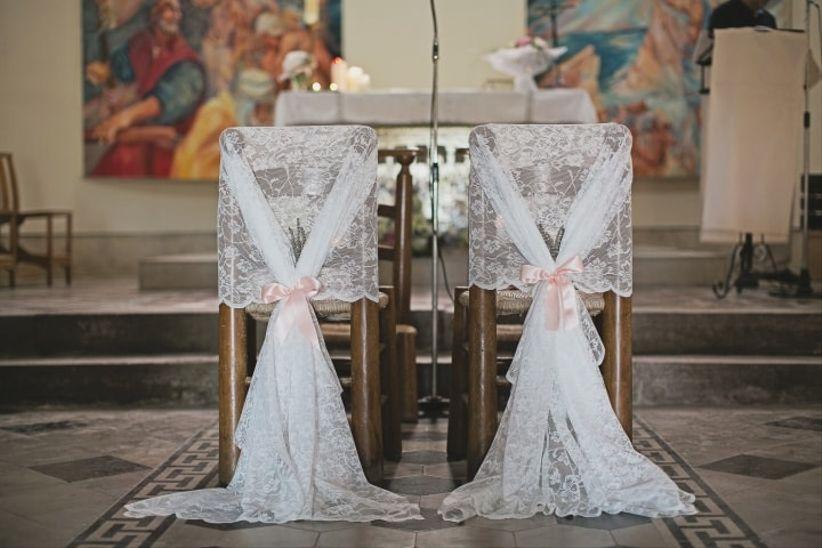Chaises des mariés ment les choisir et les décorer