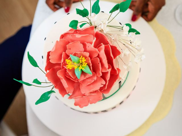 Wedding cakes fleuris : 35 desserts champêtres à souhait !