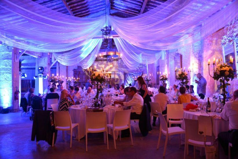 les tentures pour dcorer votre salle de mariage - Domaine De Raville Mariage