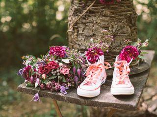 25 objets du quotidien détournés en vases pour votre décoration de mariage
