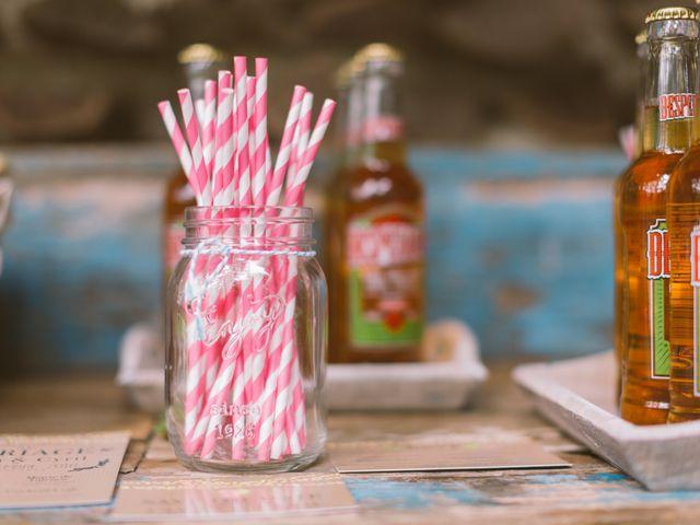 10 manières de décorer l'espace bar de votre mariage