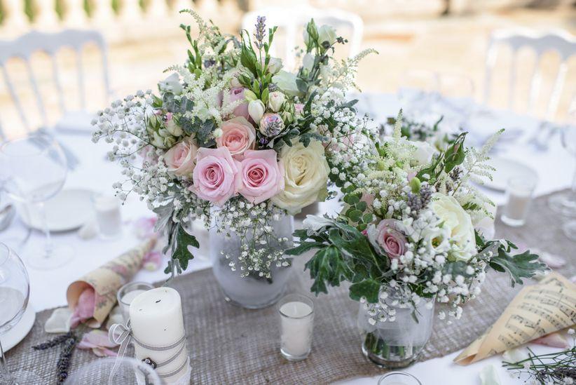 50 compositions florales shabby chic pour vos centres de table de mariage - Comment faire un centre de table pour mariage ...