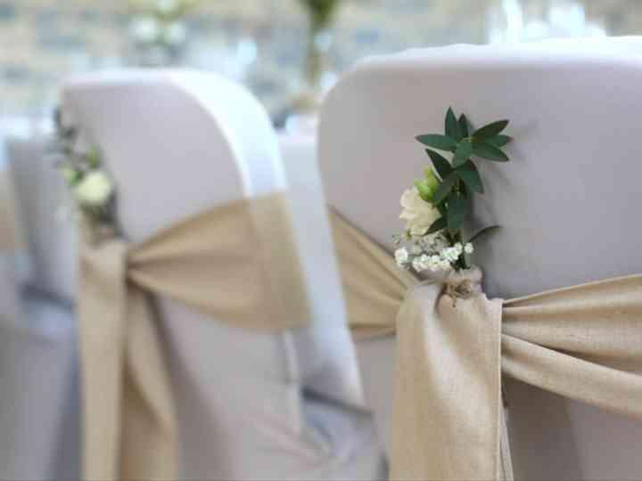 Housses Et Nœuds De Chaise Pour Mariage Couleurs Formes