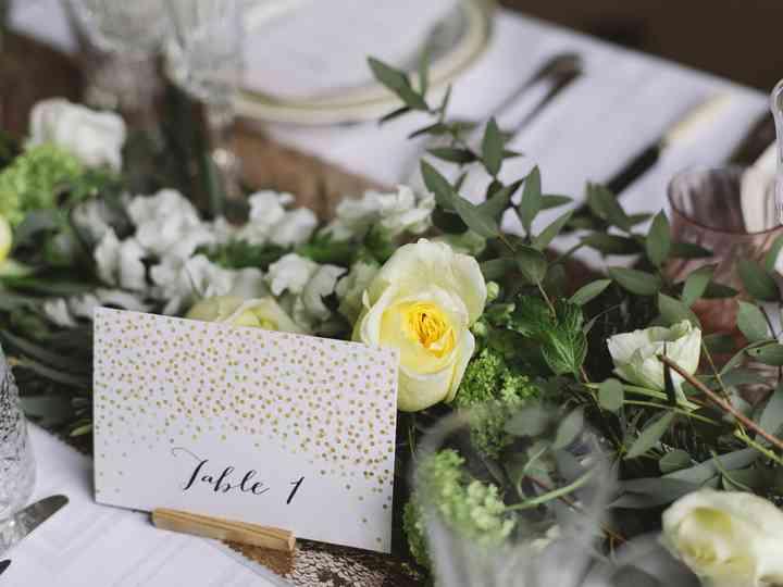 15 Idees De Centres De Table Avec Fleurs