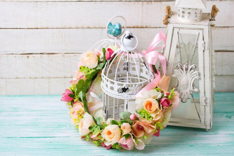 faire une couronne avec des fleurs en papier grain de campagne. Black Bedroom Furniture Sets. Home Design Ideas