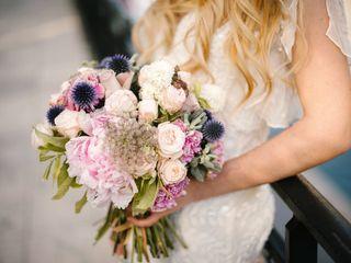 25 bouquets de mariée avec chardons bleus pour une touche d'originalité