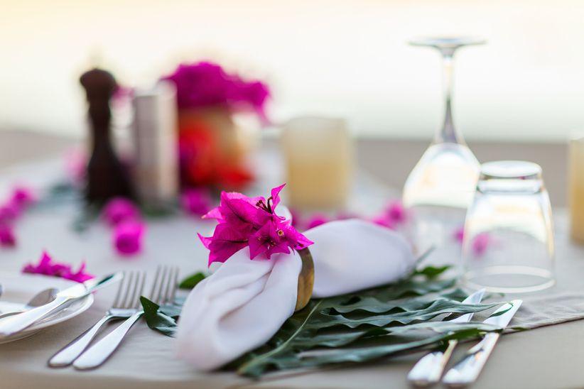 35 ronds de serviette pour embellir les tables du mariage. Black Bedroom Furniture Sets. Home Design Ideas