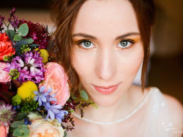 Tendance maquillage néon pour le jour J : avec ou sans modération ?