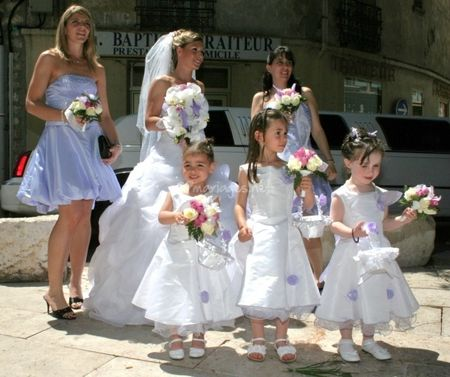 Comment habiller les petites demoiselles et damoiseaux d'honneur