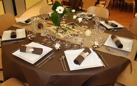 Décoration pour un mariage ivoire et chocolat