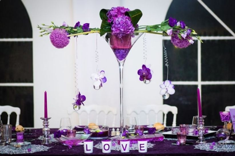 6 d corations de centres de table avec des vases martini. Black Bedroom Furniture Sets. Home Design Ideas