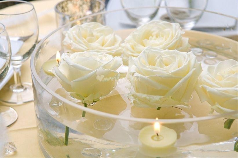 Centres de table avec fleurs immerg es - Centre de table bougie ...