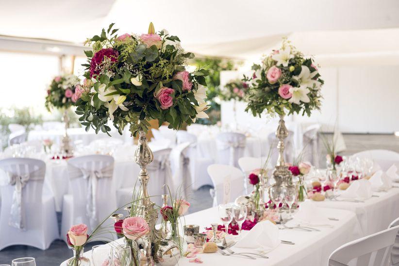 35 fa ons de d corer vos tables avec des chandeliers - Decoration chandelier pour mariage ...