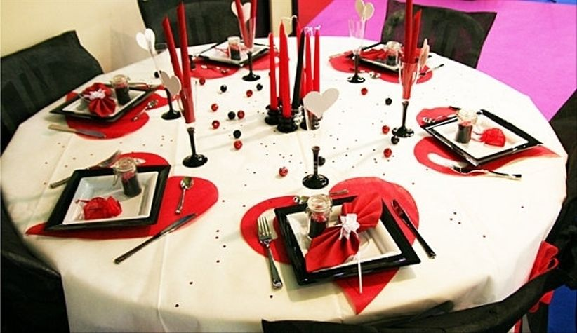 d co de table mariage rouge et blanc. Black Bedroom Furniture Sets. Home Design Ideas