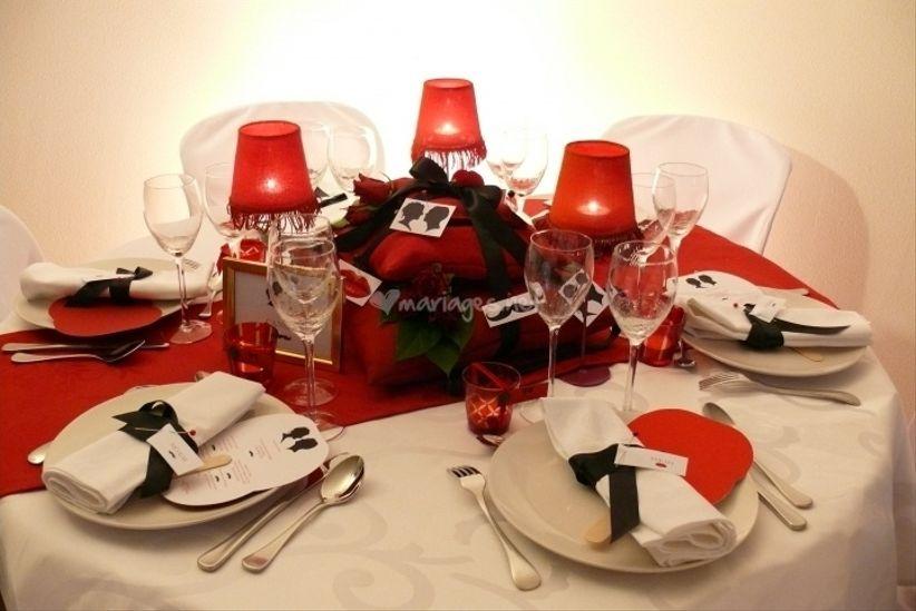 20h12 - Decoration de table pour mariage rouge et blanc ...