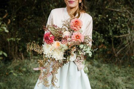 30 bouquets de mariée déstructurés : quel est le secret de leur beauté ?