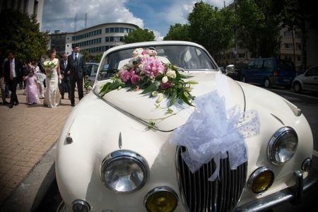 6 id�es pour d�corer la voiture des mari�s