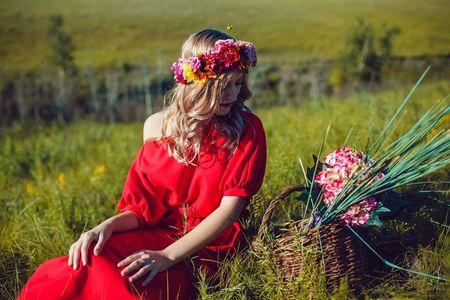 15 robes de soirée rouges pour les invitées du mariage