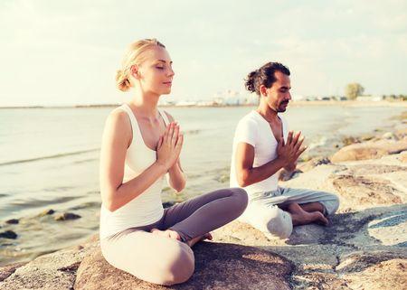 Le yoga pour lutter contre le stress avant le mariage