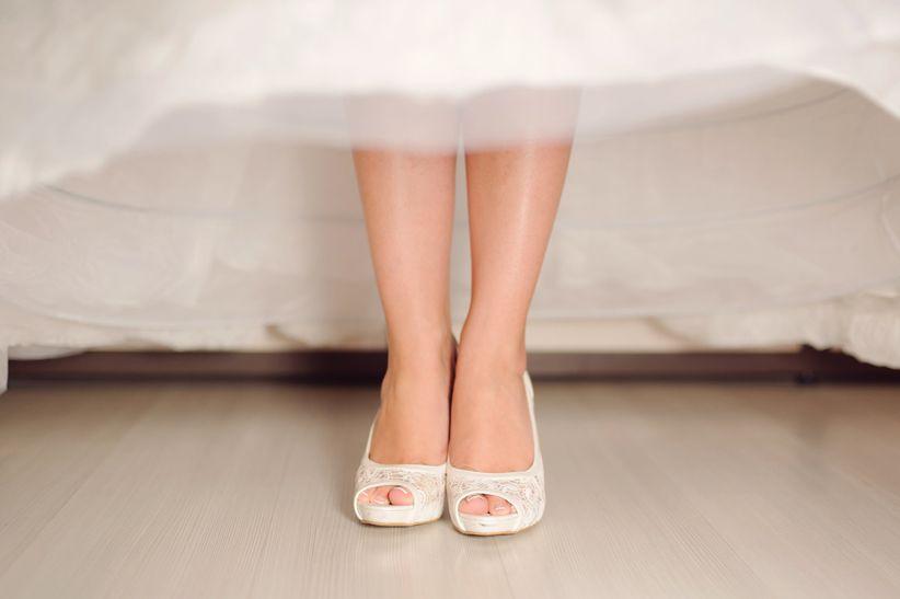 0cf19a00274e S'il est difficile de faire le choix de sa robe de mariée, il n'est pas non  plus évident de trouver quelle coiffure de mariage et quels accessoires lui  ...
