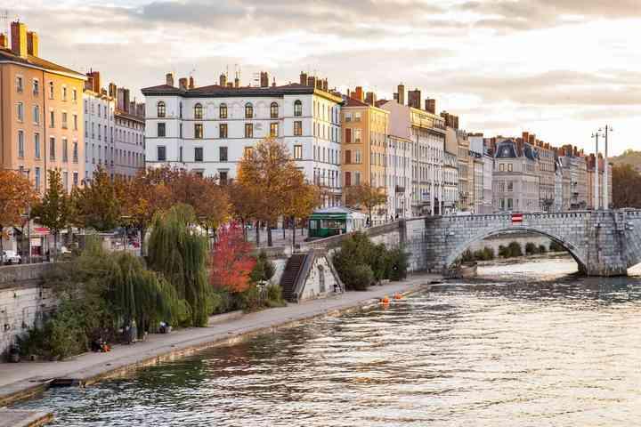 gay branchement App France