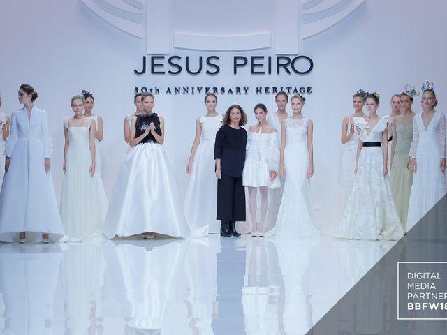 Jesús Peiró - robes de mariée 2019 : la collection Héritage pour fêter les 30 ans de l'enseigne