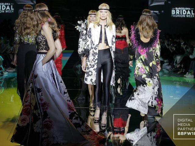 Robes de soirée Sonia Peña 2019 : retour aux années 70 !