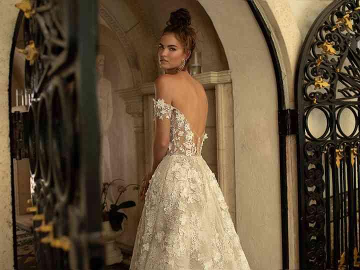 Berta Bridal 2019 : des robes échancrées pour une mariée sensuelle