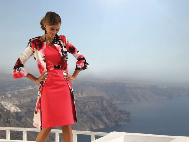 332155410cf Linea Raffaelli habille toutes les femmes en déesses pour leurs plus belles  occasions. Les invités du mariage Linea ...