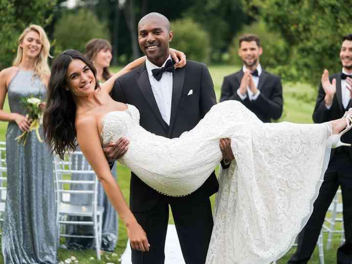 Sincerity Bridal 2018 : une collection de robes de mariée fraîche et printanière
