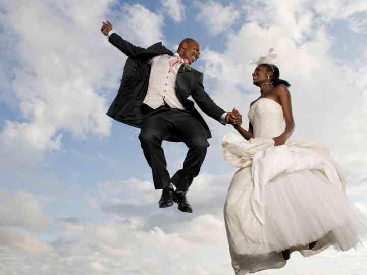 https://cdn0.mariages.net/img_g/cecile/r10_2x_mariage-malgache-madagascar.jpg