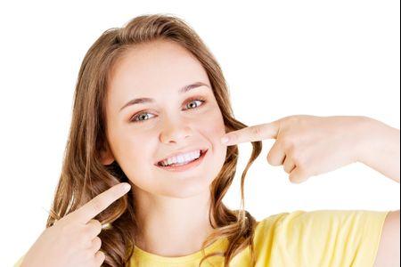 Le blanchiment dentaire avant le mariage