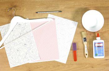 DIY : personnalisez vos cintres de mariage !