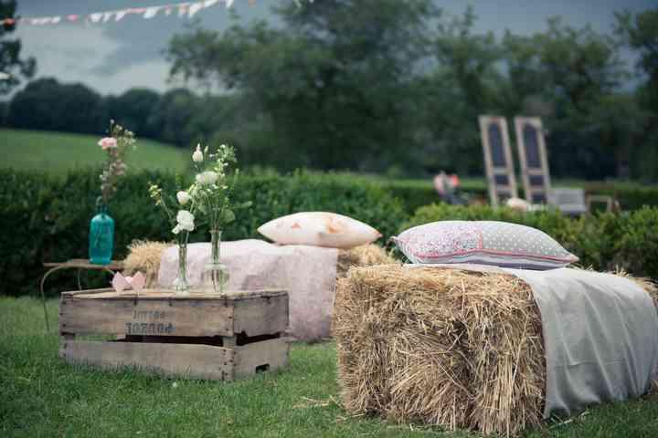 15 inspirations pour un mariage champ tre. Black Bedroom Furniture Sets. Home Design Ideas