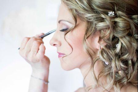 Techniques de maquillage pour la mari�e