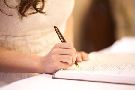 featured la signature du registre de mariage civil - Demarche Apres Mariage