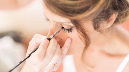 Conseils pour maquiller les yeux de la mariée