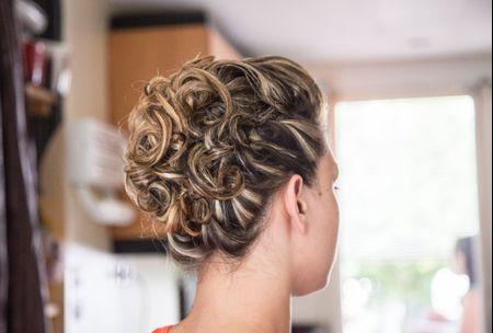 25 Coiffures De Mariee Avec Cheveux Boucles