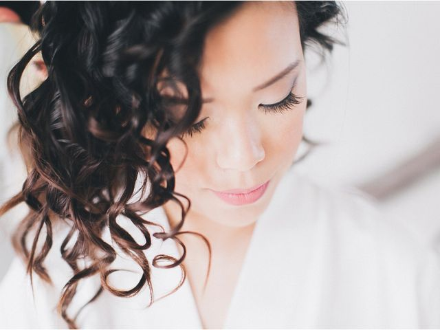 Votre maquillage asiatique de mariée en 5 étapes