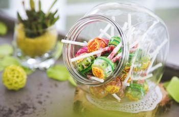 Les bonbons incontournables pour un candy bar traditionnel