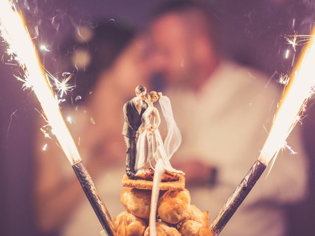 100 ans de wedding cakes en 3 minutes