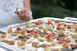8 recommandations pour un buffet de mariage sans fautes