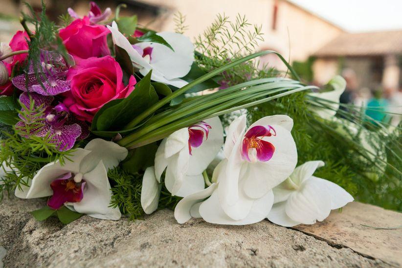 chics et intemporels les bouquets de mari e avec des orchid es. Black Bedroom Furniture Sets. Home Design Ideas