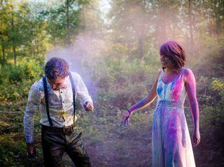 Holi : une séance trash the dress riche en couleurs !