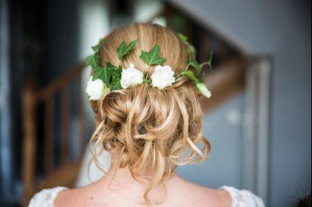 5 coiffures de mariage faciles à réaliser soi-même
