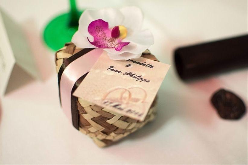 10 cadeaux tr s originaux pour les invit s votre mariage. Black Bedroom Furniture Sets. Home Design Ideas