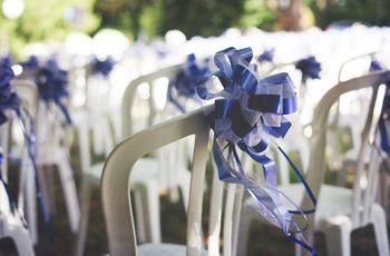 Décoration de cérémonie : 20 idées pour habiller les chaises de vos invités