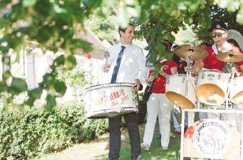 Mariage en fanfare : la musique de rue mise à l'honneur